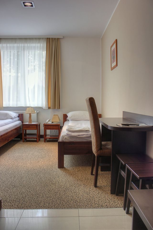Double Room 'Twin' - hotel oświęcim